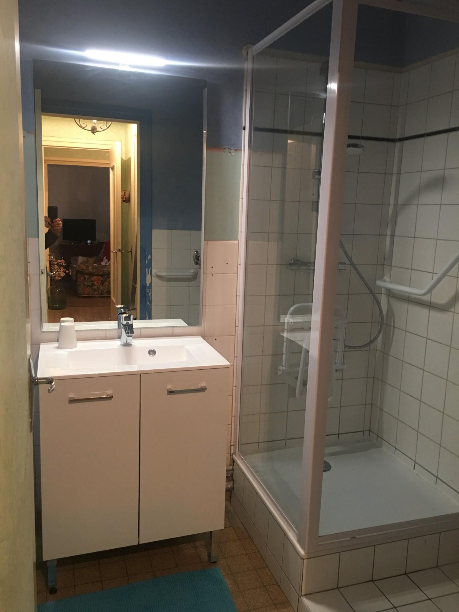 Renovation d\'une petite salle d\'eau sur la commune de Villefranche ...